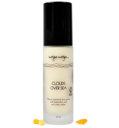 Clouds over sea hydrating face primer
