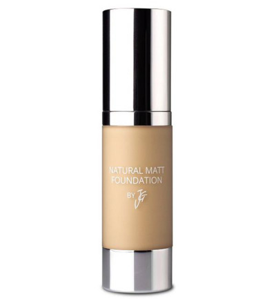 natural matt foundation 19