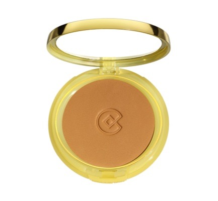 Compact Matte-Finish Foundation 6, Amber