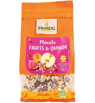 Quinoa muesli fruit